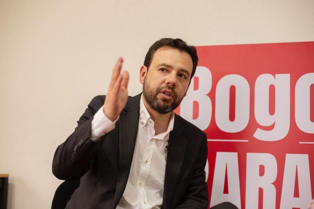 Candidato, denuncias, ataques, redes sociales, contrato, Alcaldía de Bogotá, Carlos Fernando Galán