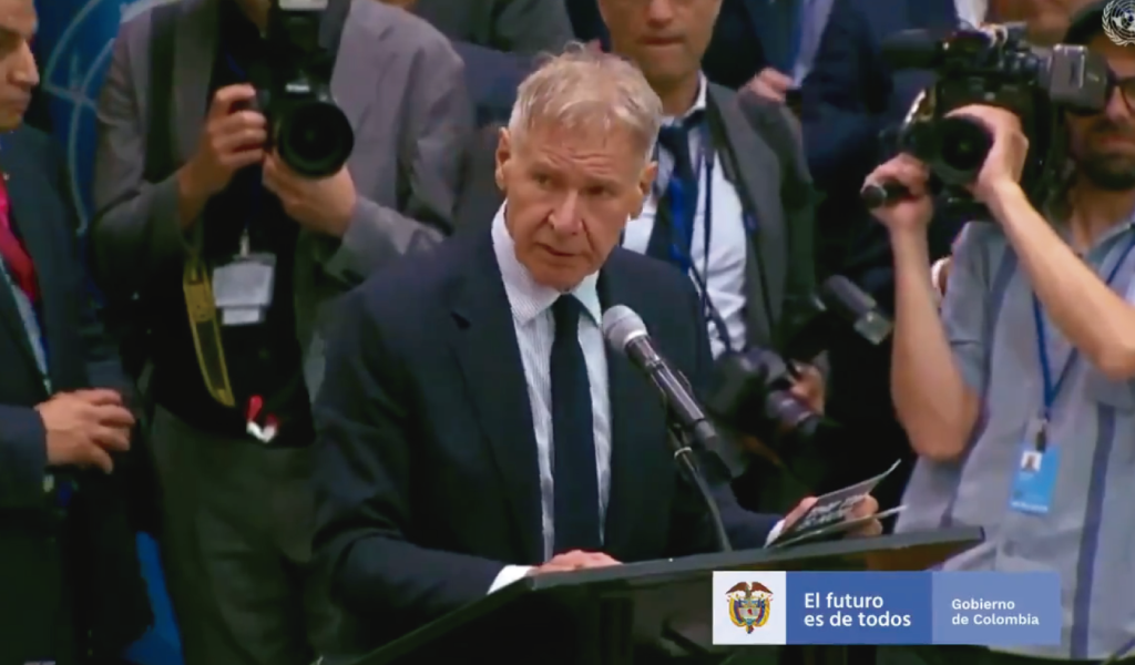 Harrison Ford reconoce gestión ambiental de Duque