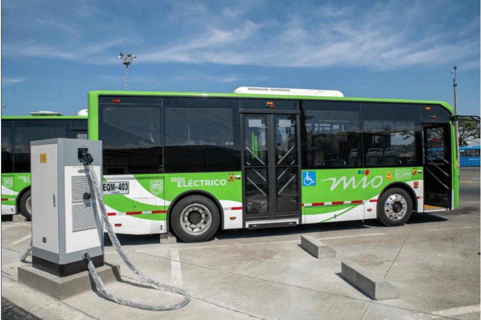 Ya rueda la primera flota de buses eléctricos en Cali