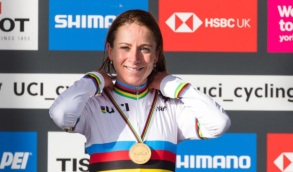 Annemiek van Vleuten es campeona mundial de ciclismo