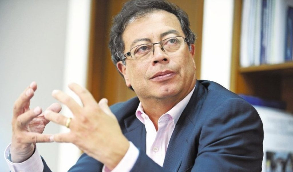 Claudia López sonsacó a Colombia Humana: Petro
