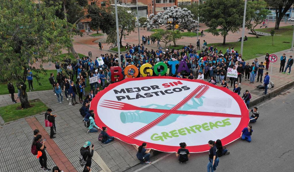 acusaciones contra Greenpeace