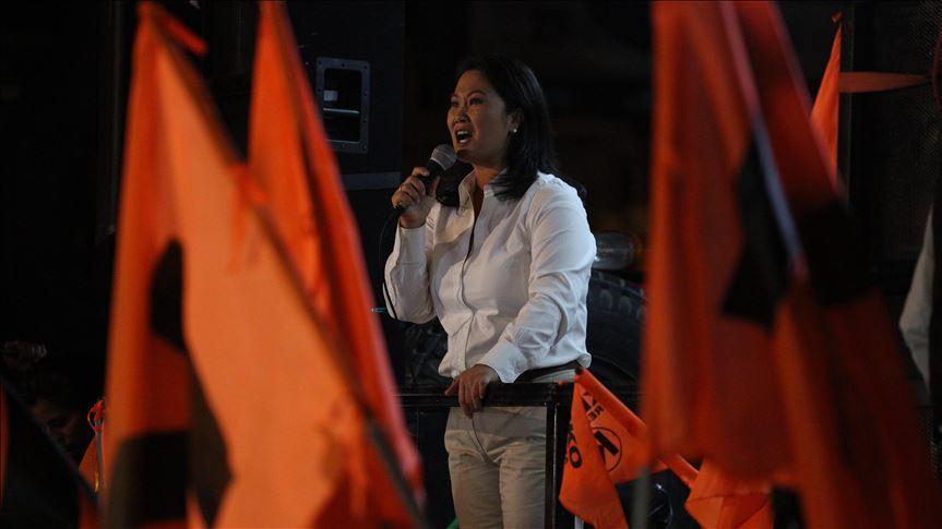 Como Fujimori padre, Keiko sale de la prisión a una clínica