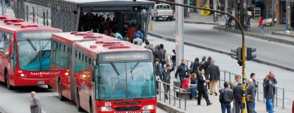 Pasaje de TransMilenio subiría $100 para el 2020