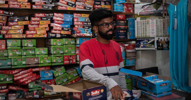Empresas en la India venden cada día menos