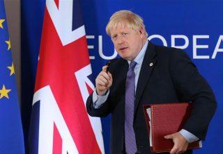 Boris Johnson celebra su victoria y se prepara para el Brexit