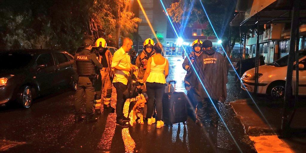 Incertidumbre por evacuación de edificio en Medellín