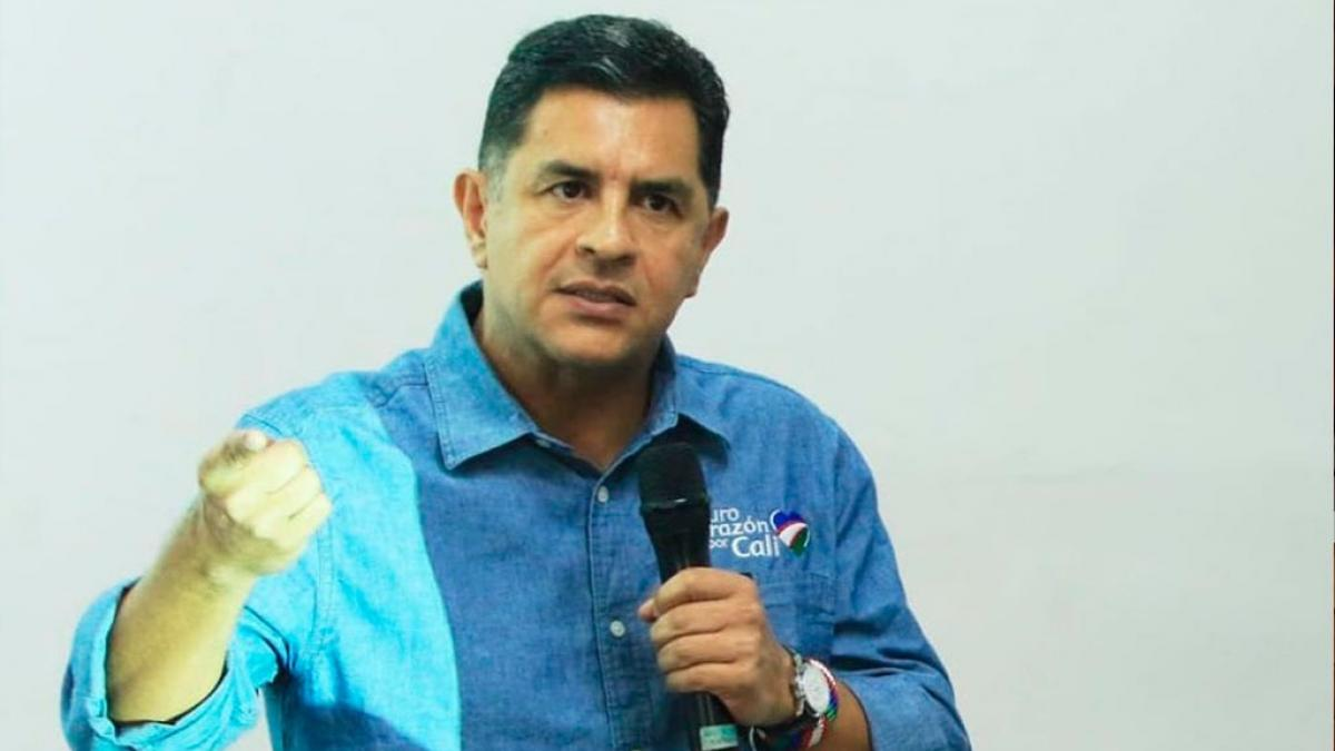 Fiscalía llama a indagatoria de acusación a Jorge Iván Ospina