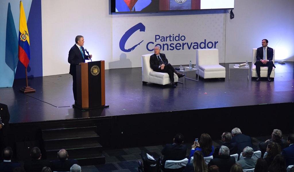 Aída Merlano, partido conservador, Iván Duque, presidente, Colombia, evento, fuga, exsenadora