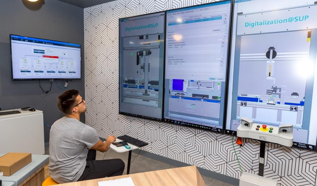 El SENA inaugura la Fábrica Didáctica 4.0