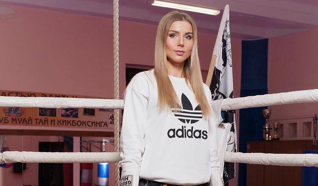 'Barbie' bielorrusa fue noqueada en el cuadrilátero