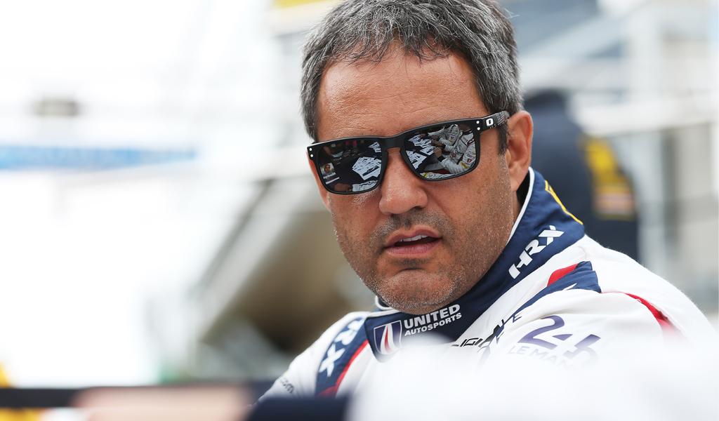 Beso a Juan Pablo Montoya en el Gran Premio de México