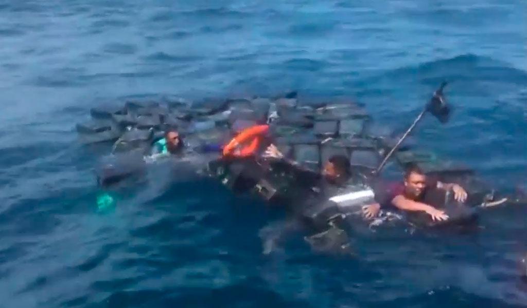 Utilizaron cargamento de cocaína para no ahogarse