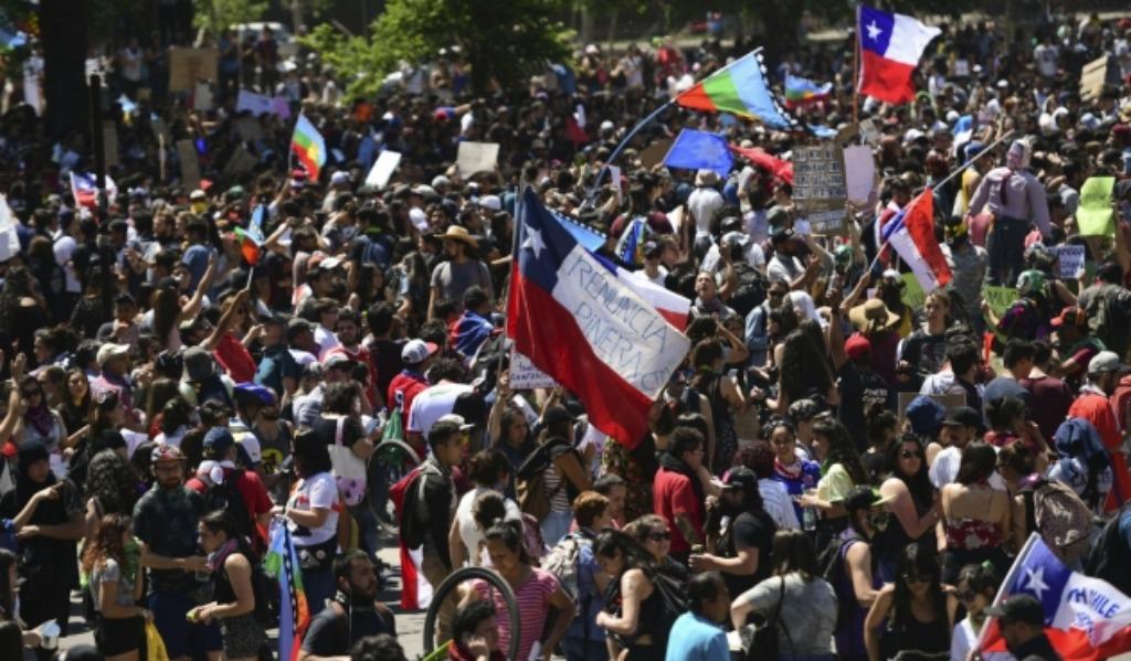 Chile logra acuerdo para crear una nueva constitución