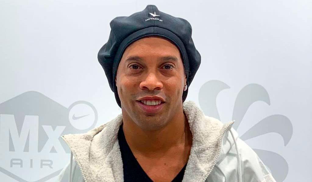 Ronaldinho fue llamado por la cámara de diputados en Brasil