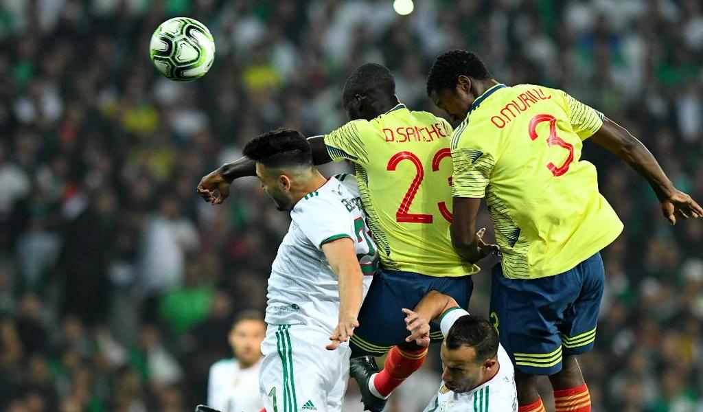 El irrespeto de hinchas de Argelia a Selección Colombia