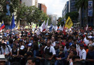 Opositores y seguidores, así marchan los Venezolanos