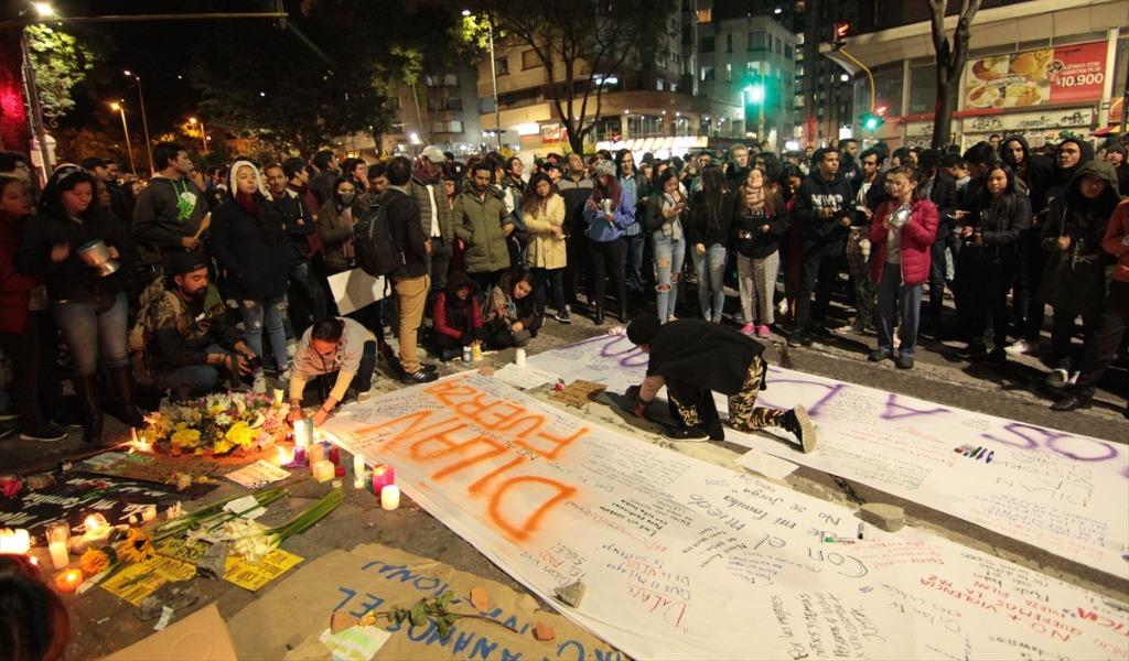 Noche de homenaje tras la muerte de Dilan Cruz