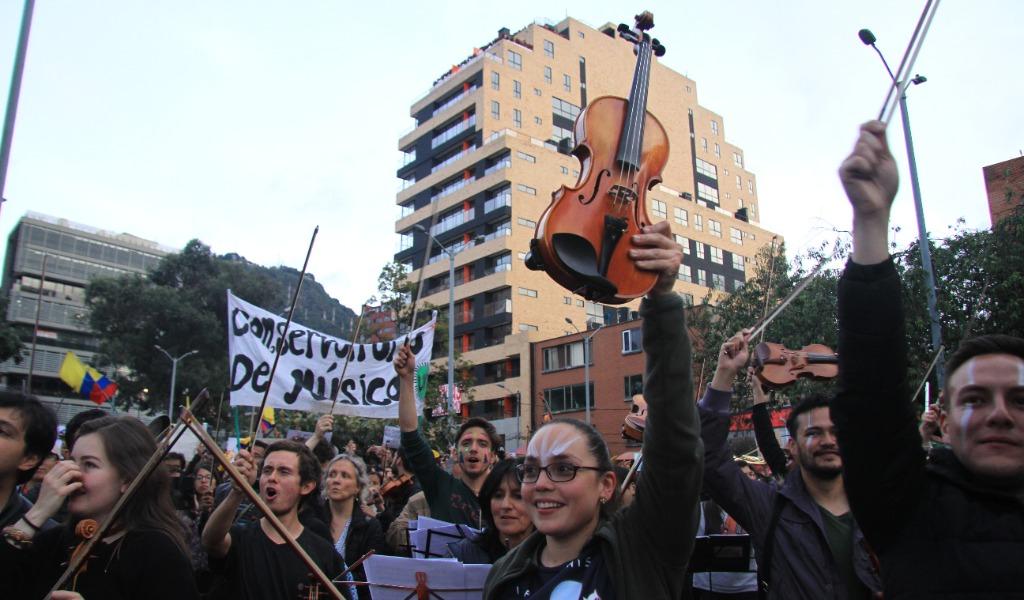 Con música terminó otra jornada de protestas