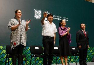 Evo Morales es declarado huésped distinguido en México
