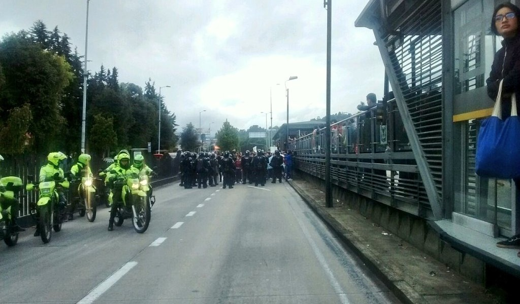 Se presentan bloqueos en diferentes puntos de Bogotá