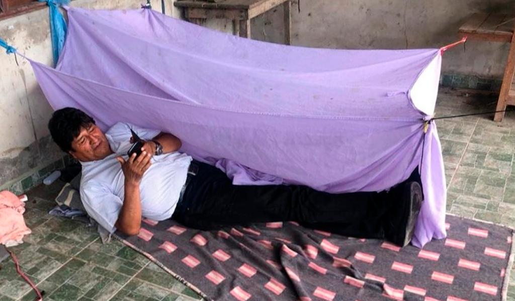 Evo Morales durmió en el suelo antes de dejar su país