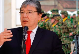 Carlos Holmes Trujillo: de la diplomacia a la Defensa