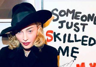 Demandan a Madonna por empezar concierto demasiado tarde