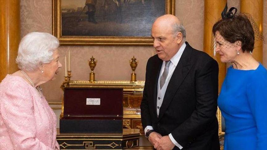 Colombia entregó credenciales a Reina Isabel II