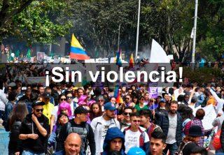 ¡No más!: Ciudadanos expulsan a encapuchados