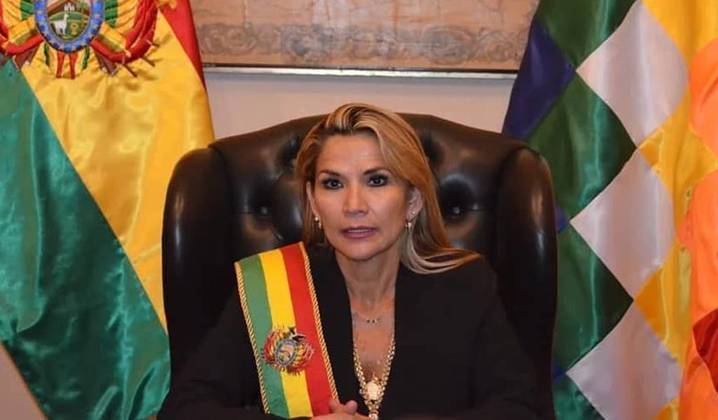 Presidenta (e) de Bolivia lanza amenazas contra Evo Morales