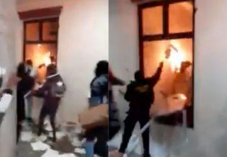 Por desmanes Alcaldía de Facatativa terminó en llamas