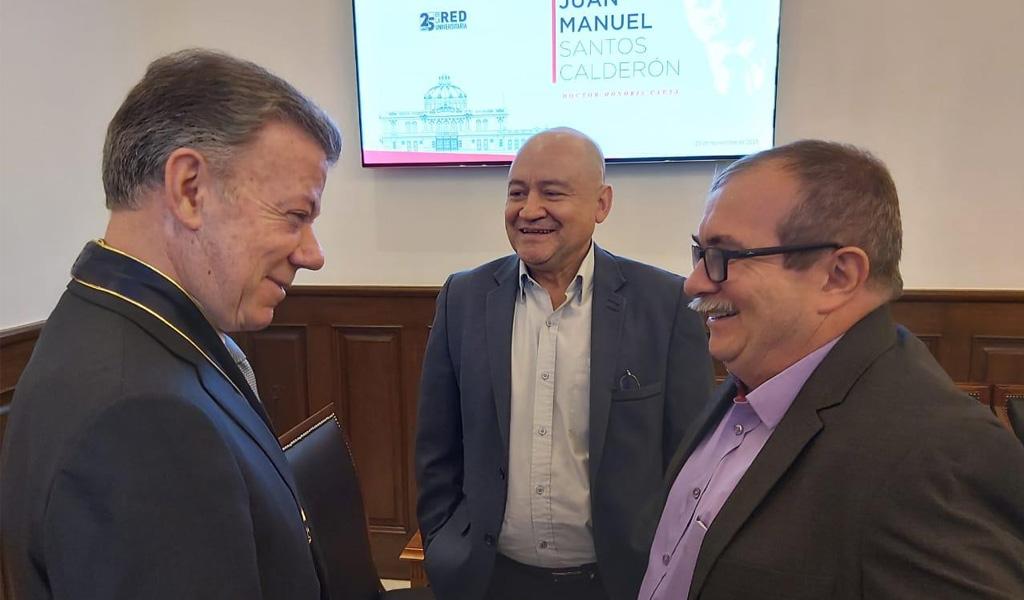 Santos y Farc se reunirán en México para hablar de paz