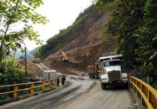 Avanzan trabajos para reapertura de autopista Medellín-Bogotá