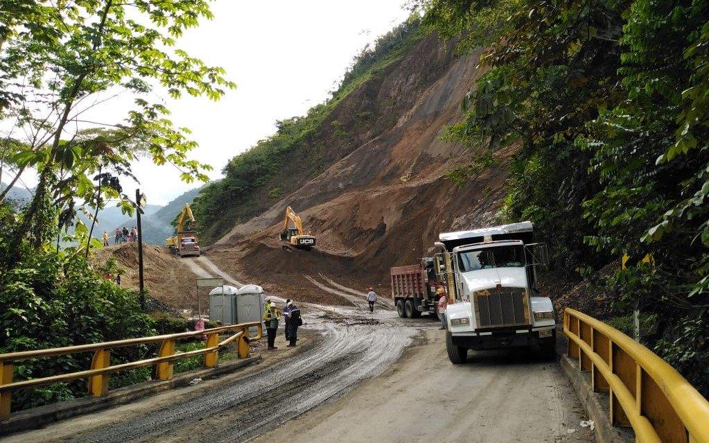 Una semana más estaría cerrada autopista Medellín-Bogotá