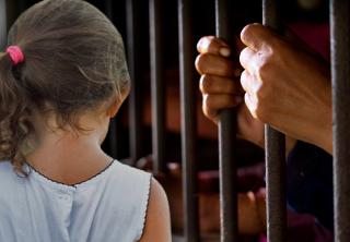 ¿Aprobar o no la cadena perpetua para violadores de niños?