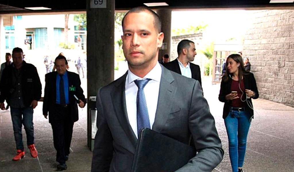 Fiscalía, imputación cargos, abogado, Uribe