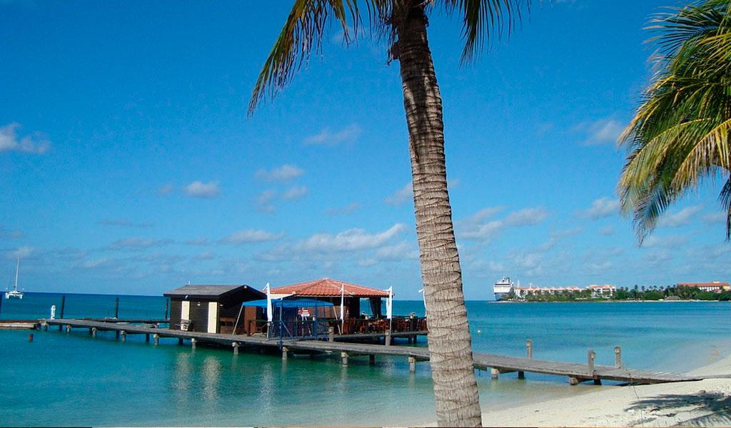 Aruba completa dos años sin plásticos
