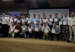 Se graduaron 327 científicos de datos capacitados por MinTIC