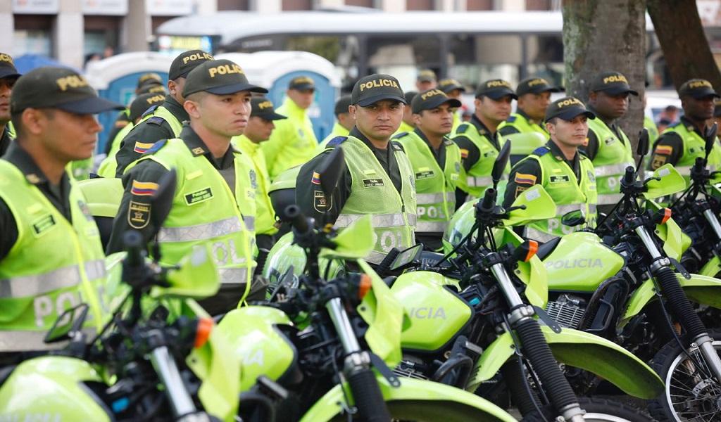 Nueve mil uniformados protegen a Bogotá este 4D