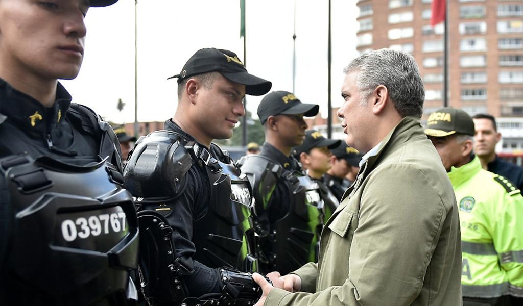 La visita de Iván Duque a la sede de la Policía
