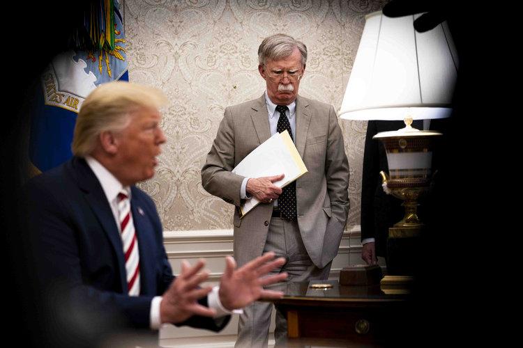 ¿El relato de John Bolton podrá acabar con Trump?