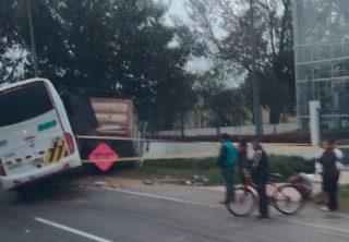 Dos muertos dejó grave accidente en la vía Bogotá – Medellín