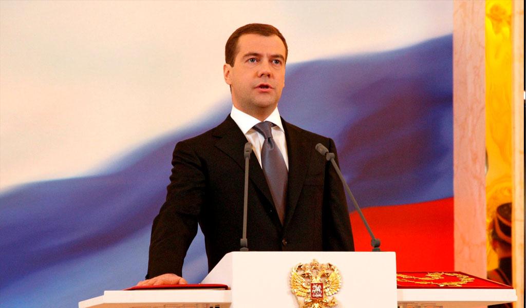 Dmitri Medvédev anunció la renuncia del Gobierno ruso