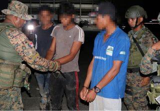 Colombianos detenidos en Panamá por tráfico de migrantes