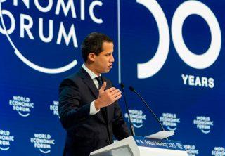 Guaidó agradece al Presidente Duque por apoyar a Venezuela
