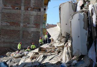 Crece la cifra de muertos por terremoto en Turquía