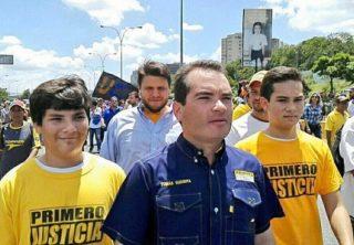 Guaidó nombra a Tomás Guanipa su embajador en Colombia