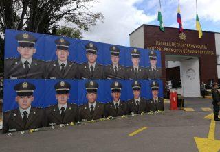 Homenaje a cadetes muertos en la General Santander