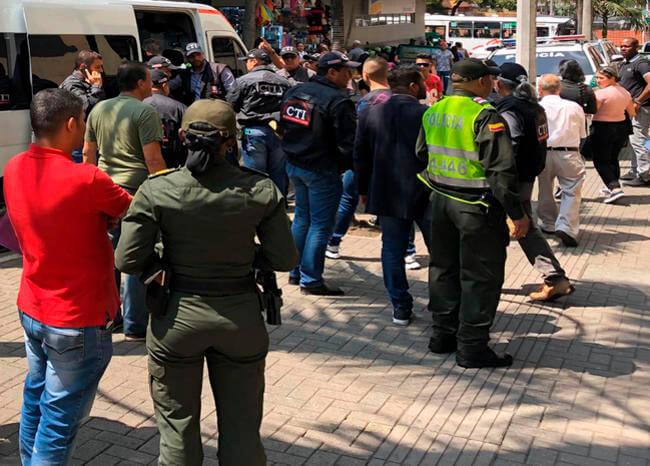Capturados 22 policías en Medellín por presunta corrupción